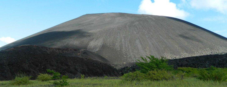 Cerro negro nicaragua Tour